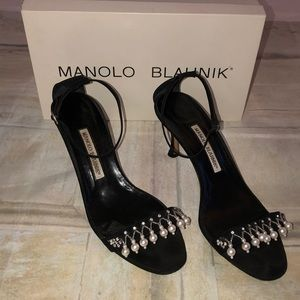 Manolo Blahnik Crepe Black Heels